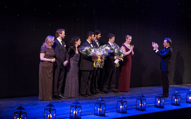 0786 – Ensemble Studio Competition finalists and winners with COC Music Director Johannes Debus, 2014.Michael Cooper Photographic Office- 416-466-4474 Mobile- 416-938-7558  66 Coleridge Ave. Toronto, ON M4C 4H5